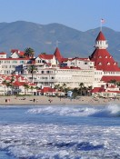 Sparkling Sands Make Coronado Perfect Fall Beach Vacation