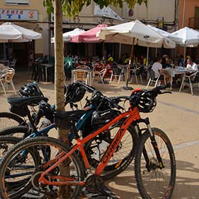 active travel valencia bicycles at cafe healthyaging.net