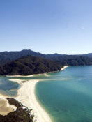 Experience Elegant South New Zealand with a Walking Tour