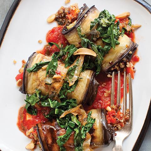 Eggplant Cannelliono w. Spicy Tomato-Basil Sauce